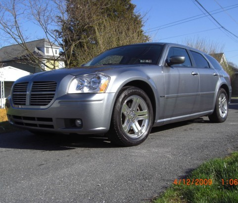 Dodge Magnum RT 2006 ( Pennsylvanie , USA)
