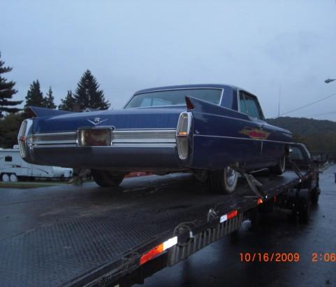 Cadillac coupe de ville 1964 ( Carouge, Suisse)