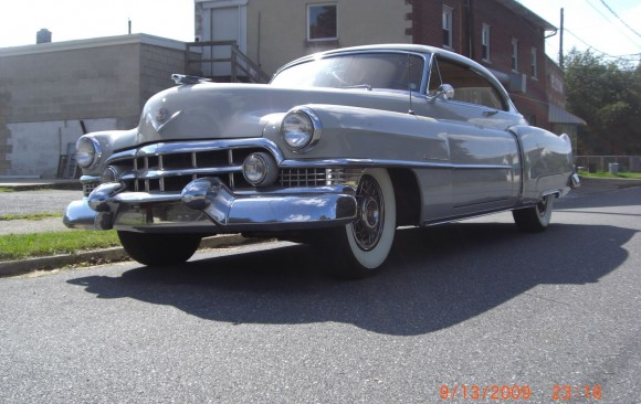 Cadillac serie 62 coupe 1951 ( France dpt 78)