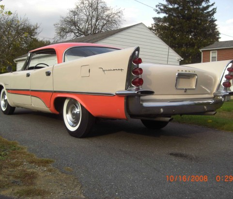 De Soto Firesweep 4 door hardtop 1957 ( France dpt 63)