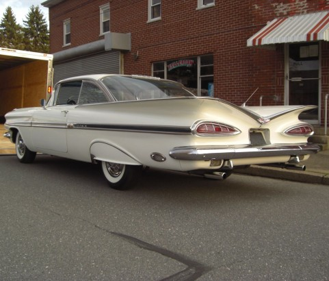 Chevrolet Impala coupe 1959 ( France dpt 42)
