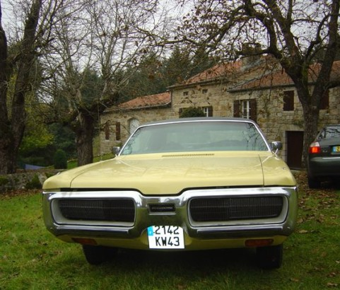 Plymouth Gran Fury coupe 1972 ( France dpt 45)