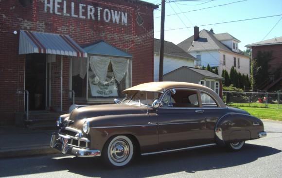 Chevrolet de luxe coupe 1949 ( France dpt 04)