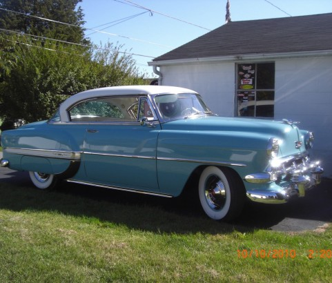 Chevrolet bel air hardtop coupe 1954 ( France dpt 57)