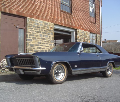 Buick riviera 1965 ( France dpt 91)