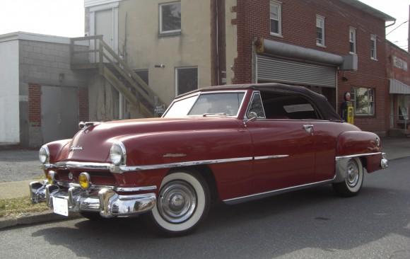 Chrysler Windsor de luxe convertible 1951 ( France dpt 69)