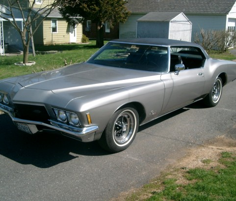 Buick riviera 1971 ( Barris) ( France dpt 13)