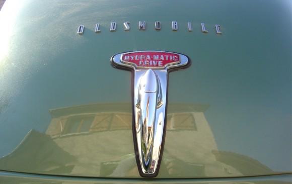 Oldsmobile 98 sedanette 1949
