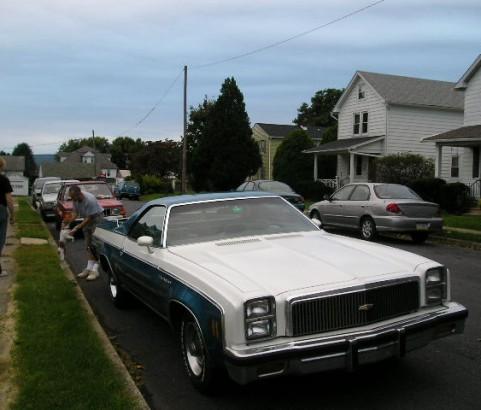 Chevrolet el camino classic 1977 ( France dpt 42)