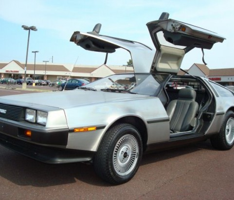 De Lorean DMC 12 1981 ( France dpt 92)