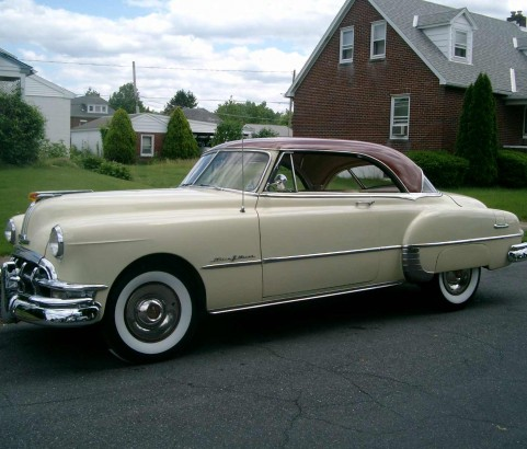 Pontiac catalina hardtop coupe 1950  ( France dpt 42)
