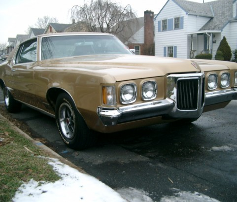 Pontiac Grand Prix coupe 1970 ( France dpt 78)