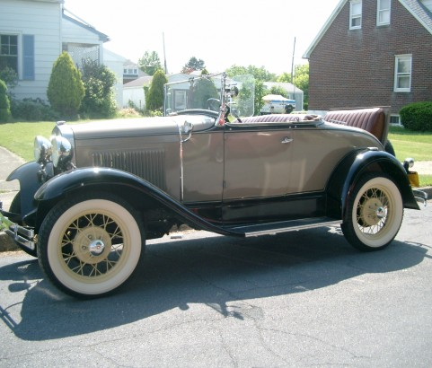 Ford A Roadster 1930 ( France dpt 85)