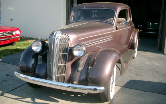 Dodge coupe 5 windows 1936 ( France dpt 74)