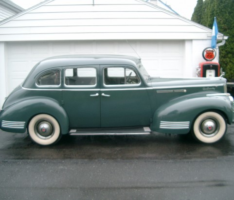 Packard 120 Touring sedan 1941 ( France dpt 06)
