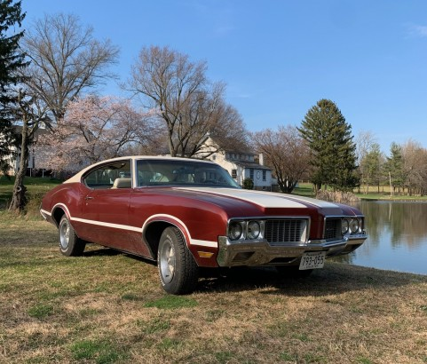 Oldsmobile cutlass supreme coupe 1970 ( France dpt 54)
