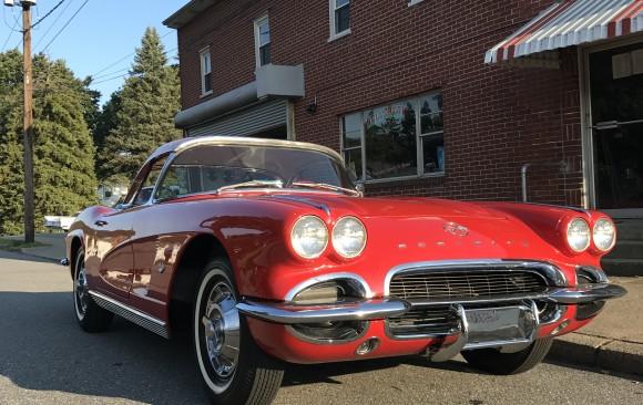 Chevrolet Corvette 1962  ( France dpt 92)