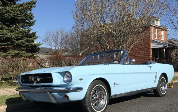 Ford Mustang convertible 1965 (  France dpt 38)