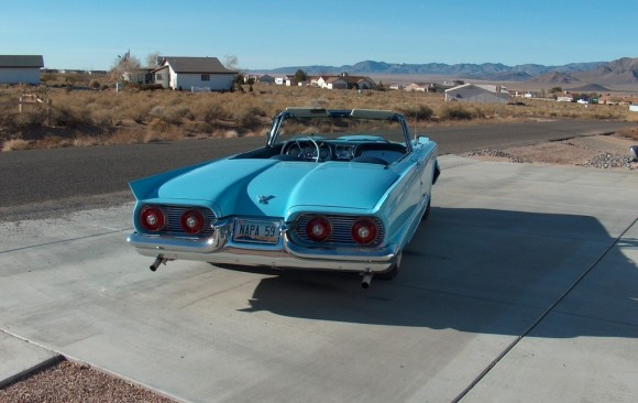 Ford Thunderbird convertible 1959 ( France dpt 44)