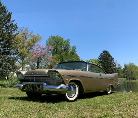 Plymouth Belvedere hardtop coupe 1957 ( France dpt 54)