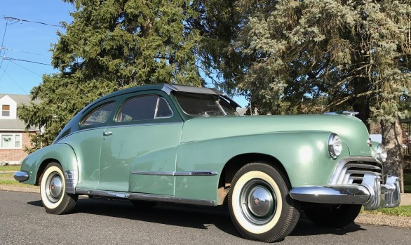 Oldsmobile 78 sedanette 1948 ( France dpt 31 )
