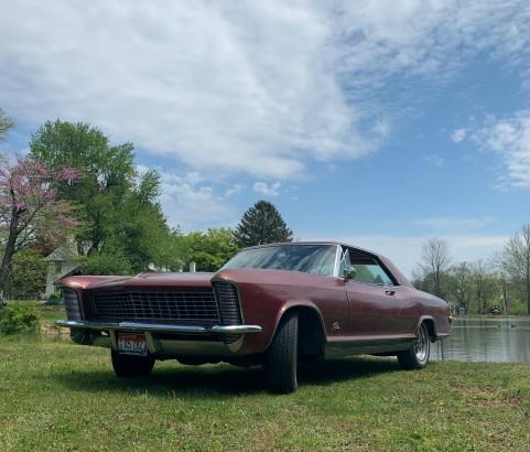 Buick riviera 1965 ( France dpt 54)