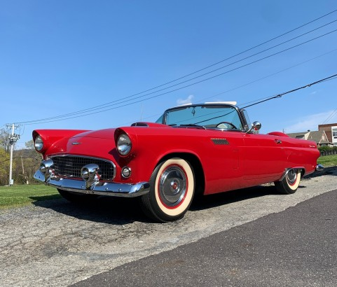 Ford Thunderbird convertible 1956 ( France dpt 77)