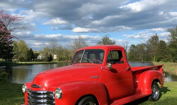 Chevrolet 3100 pick-up 1951 ( France dpt 44 )