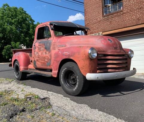 Chevrolet 3100 pick-up 1947 ( France dpt 64)