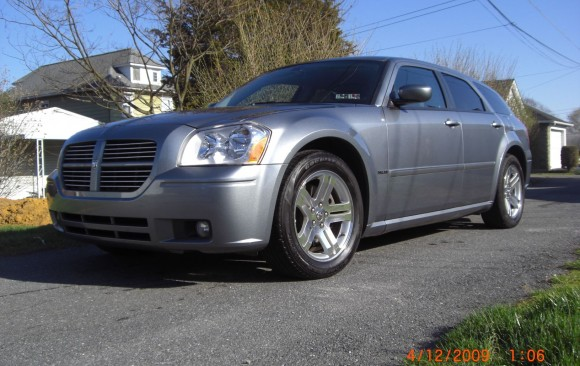 Dodge Magnum RT 2006 ( Pennsylvanie , USA)