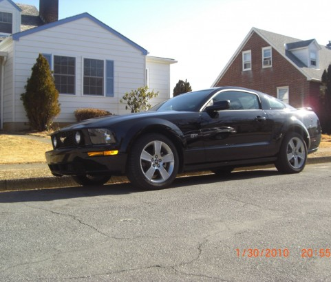 Ford Mustang GT 2006 ( France dpt 19)