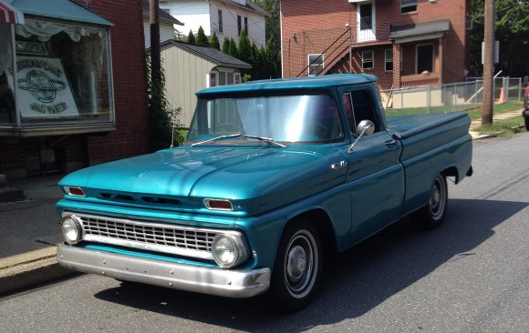 Chevrolet C10 Pick-up 1962 ( France dpt 04)