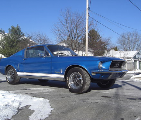 Ford Mustang Fastback 1968 ( France dpt 38)