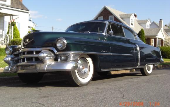 Cadillac coupe de ville 1953 ( France dpt 75)
