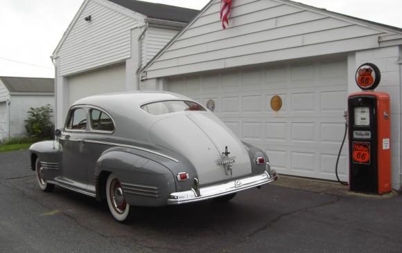Pontiac sedanette 1941 ( France dpt 94)
