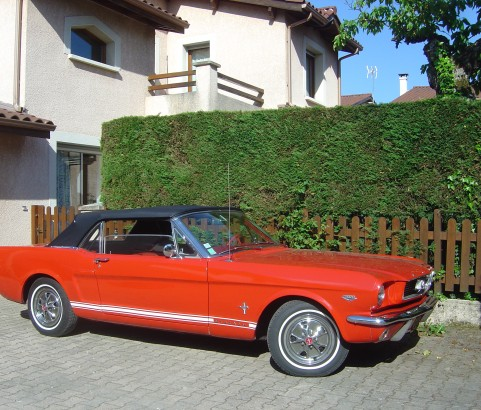 Ford Mustang convertible 1966 ( France dpt 06)