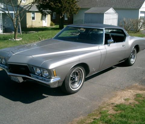 Buick riviera 1971 ( Barris) ( France dpt 13)