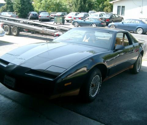 Pontiac Trans am 1982 ( France dpt 69)