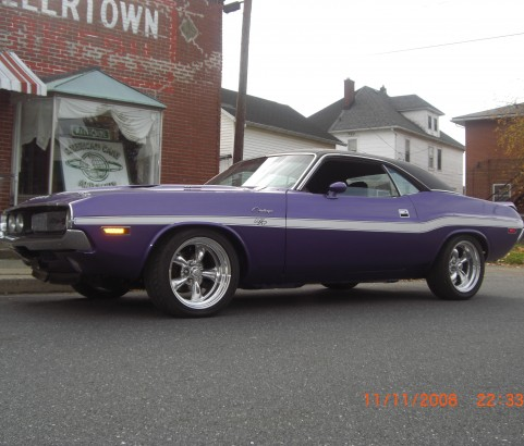 Dodge Challenger RT440  replica ( France dpt 75)