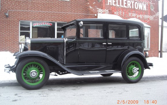 Chevrolet sedan 1930 ( France dpt 44)