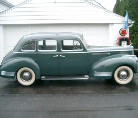 Packard 120 Touring sedan 1941 ( France dpt 06)