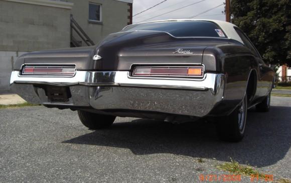 Buick riviera 1972 ( France dpt 92)