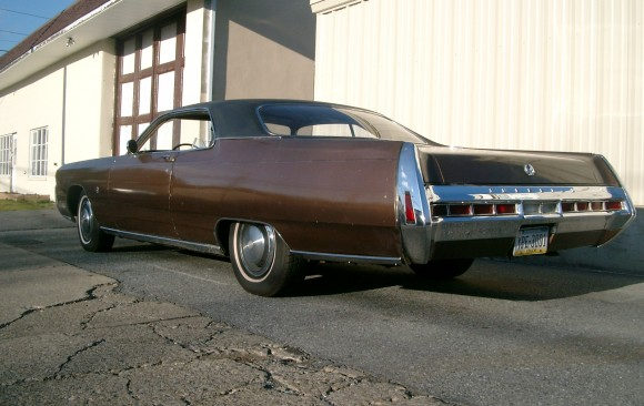 Imperial Crown coupe 1970 ( Pinasca, Italie)