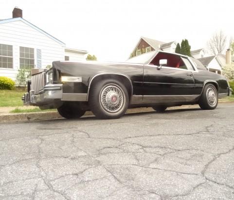 Cadillac Eldorado Biarritz coupe 1985 ( France dpt 49)
