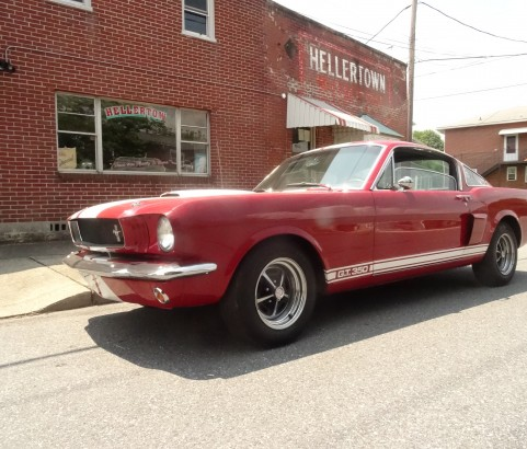 Ford mustang Fastback 1965 Shelby replica ( France dpt 60 )