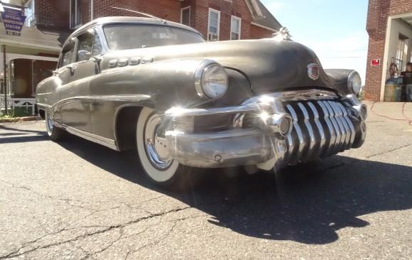 Buick Roadmaster 1950 ( Itegem , BELGIQUE)