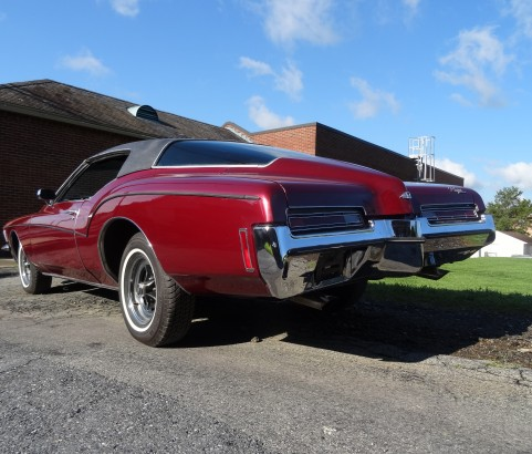 Buick riviera 1972 ( France dpt 35)