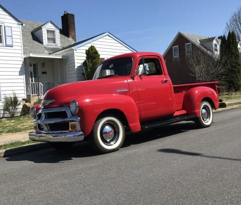 Chevrolet 3100 Pick-up 1954 ( France dpt 04)
