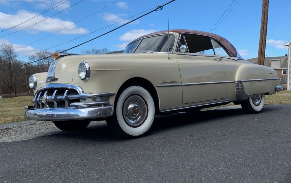 Pontiac Catalina hardtop coupe 1950 ( France dpt 45)