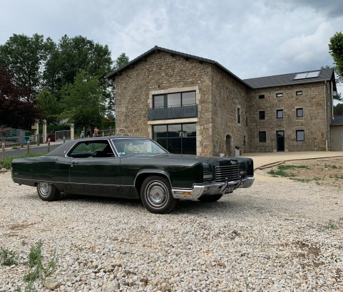 Lincoln Continental coupe 1971 ( France dpt 58)